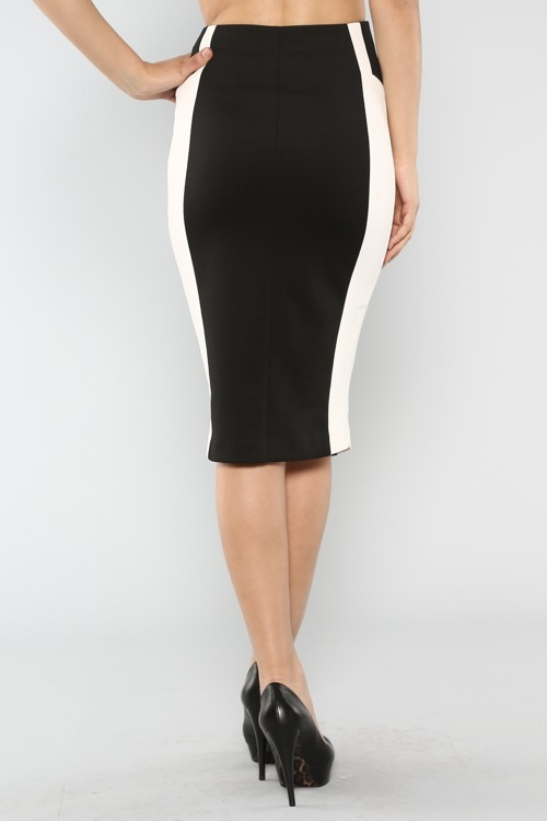 Tracey's Black and White Pencil skirt-