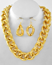 Chunky Chain Necklace-